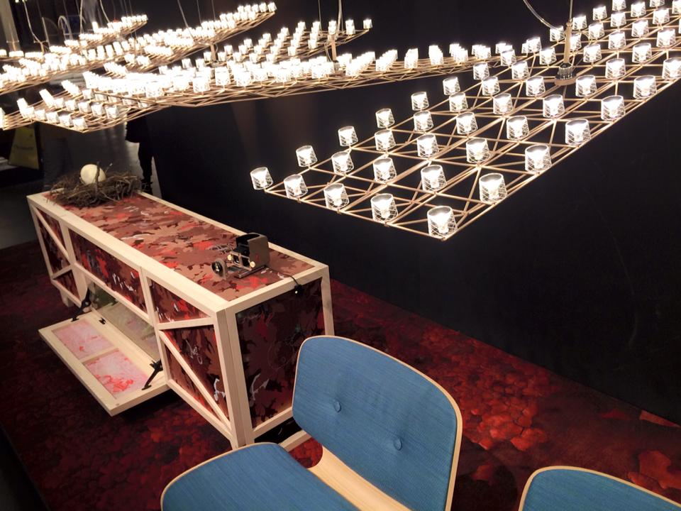 moooi space-frame light.