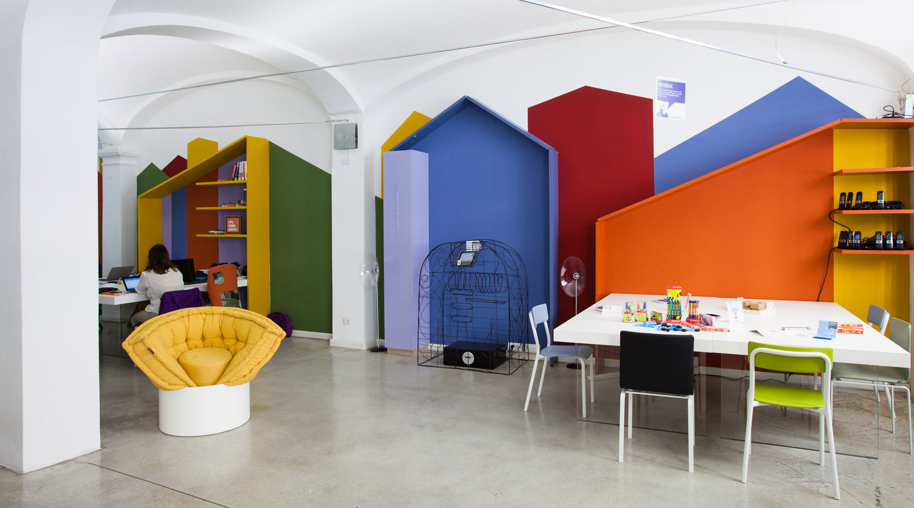 ufficio-colorato