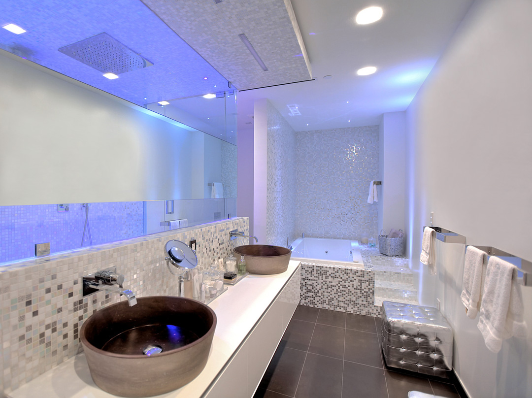 glottman projects bal harbour bathroom area