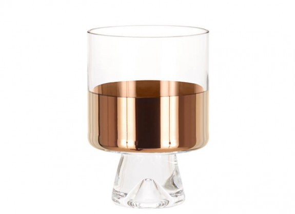 gift idea 9.0: tank lowball glass by tom dixon/ the tank lowball glass is made from mouth-blown clear glass ornamented with hand-painted copper detailing. a heavy and generously proportioned object with our logo sand-blasted on the base. especially made for short drinks, perfect for whisky and cocktails. presented in white gift-packaging. sold in pairs. to purchase/stop by the store.