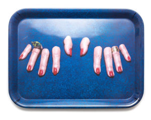 toiletpaper fingers tray